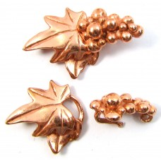 1 Pure Copper 2-Part Vine Leaf and Grape Clusters Hook and Eye Clasp.
