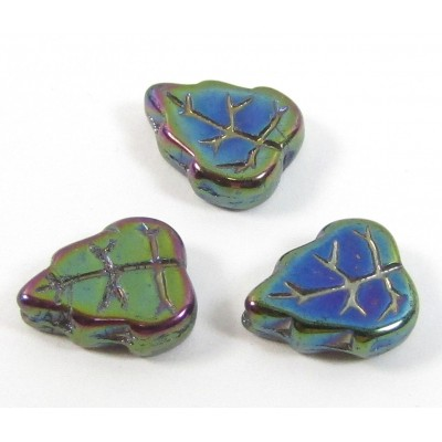 25 Iris Green Leaf Beads 8x10mm