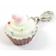 1 Resin Clip On Charm Cupcake