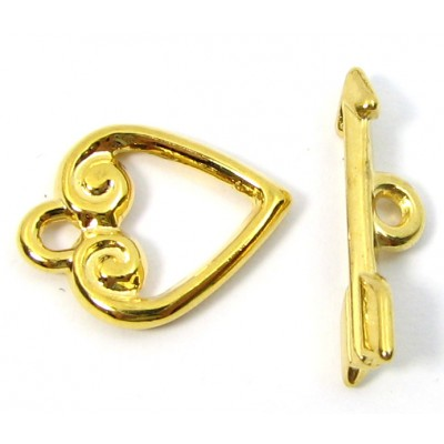 1 Gold Plated Heart and Arrow Toggle Clasp