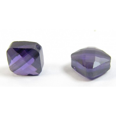 1 Zircon Diamond Shape Bead - Purple