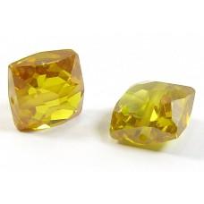 1 Zircon Cushion Shape Bead - Gold