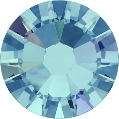 100 Swarovski Crystal Hotfix Crystal Aquamarine SS10